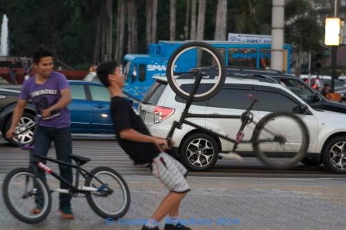 trick_biker_1
