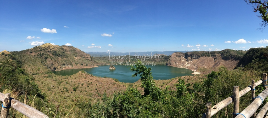 taal_crater_lake_panoramic